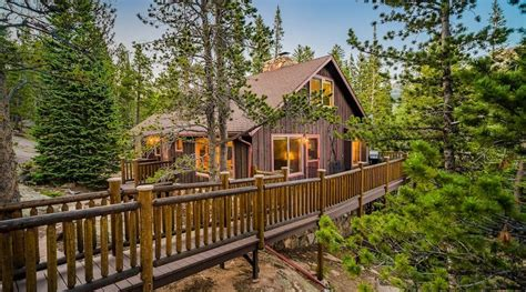 15 Best Estes Park Airbnbs (Cabins, Chalets, And More