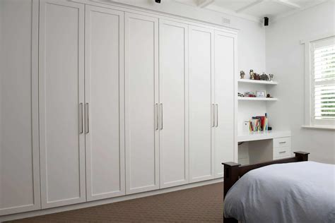 Bespoke traditional and Shaker-style closets delivered in