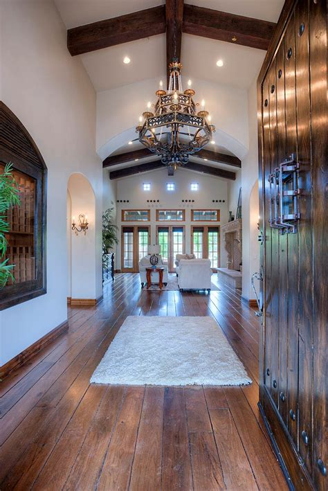 Entry Foyer - Homes for Sale & Real Estate in Scottsdale