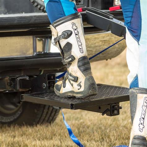 Trailer Hitch Classes and Towing: What You Need to Know