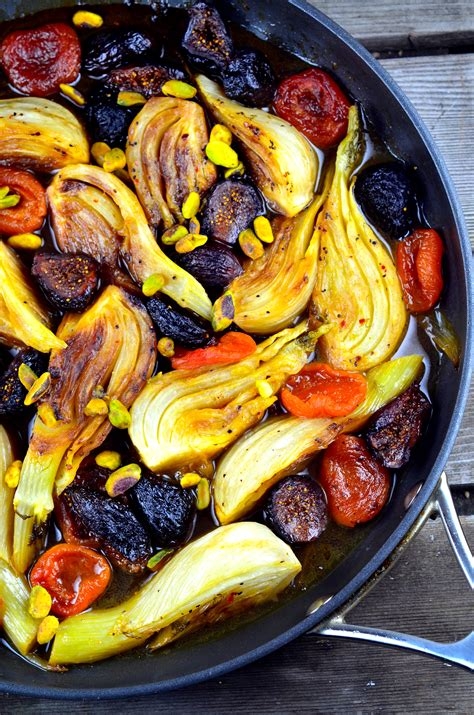 Passover Recipes: Braised Fennel with Apricots and Figs