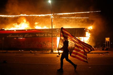 Rioting in Minneapolis over Police Killing Highlights