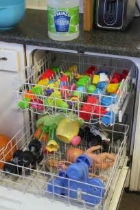 17 Easy To Do Cleaning Hacks To Make Life Easier