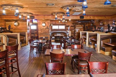 Hungry? Enjoy rustic fine dining in East Valley, Arizona