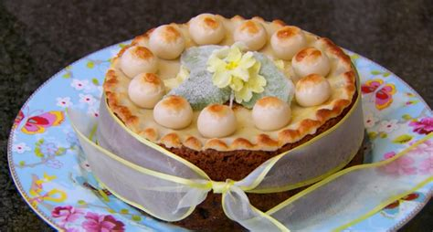 Mary Berry's Simnel cake recipe on Bake Off Easter