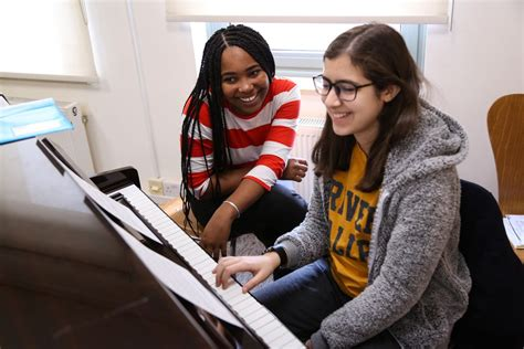 Oberlin Conservatory musicians teach and play music