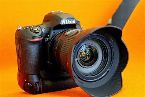Nikon D750, a Full Frame DSLR with WiFi and bend the Screen