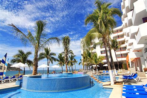 Oceano Palace Beach Hotel with Optional All-Inclusive in