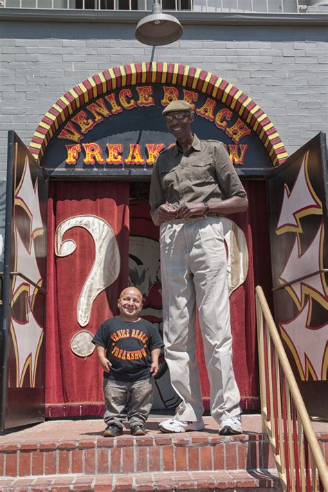 George Bell, Tallest American, Meets Gabriel Pimentel, The