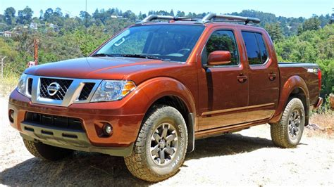 2017 Nissan Frontier Pro-4x review: 2017 Nissan Frontier