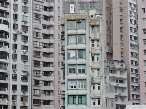 The Advantages and Disadvantages of Apartment Blocks