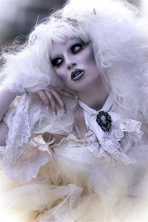 Scary Ghost Halloween Makeup Ideas – The WoW Style