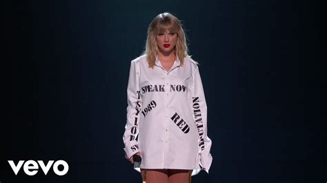 Taylor Swift – Live At The 2019 American Music Awards