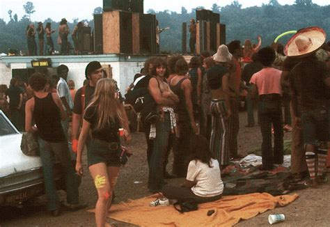Street Life of Americans in The 1970s ~ vintage everyday