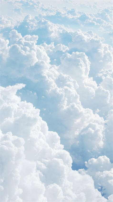 35 Beautiful Cloud Aesthetic Wallpaper Backgrounds For
